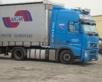 025 - ciężarówka VOLVO FH niebieska