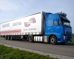 DSC06084 - ciężarówka VOLVO FH niebieska